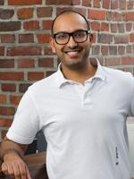 Saqib Awan, Spezialist für arthroskopische Operationen, Mönchengladbach